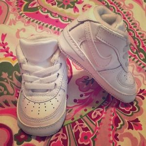 Baby Air force Ones (soft bottoms)